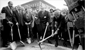 Gov Rockefeller and Mayor Lindsay break ground in 1972