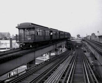Two Myrtle Ave trains merge at Myrtle Ave, one coming from Manhattan and the other from downtown Brooklyn.  Photo by Frank Pfuhler via nycsubway.org